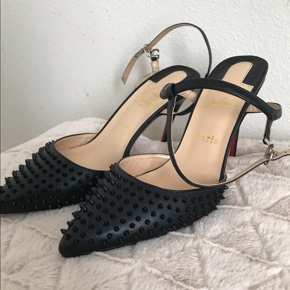 best service 1edf4 6c2b5 christian louboutin Black spiked heels